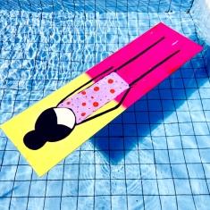 Painel na piscina